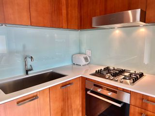"""Photo 15: 1102 1565 W 6TH Avenue in Vancouver: False Creek Condo for sale in """"6TH & FIR"""" (Vancouver West)  : MLS®# R2602181"""