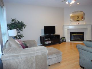 Photo 9: 9168 160A STREET in MAPLE GLEN: House for sale