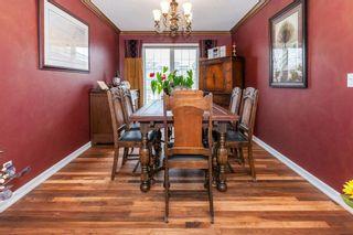 Photo 7: 57 ROYAL RIDGE Hill(S) NW in Calgary: Royal Oak House for sale : MLS®# C4145854