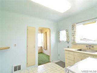 Photo 7: 907 Shirley Rd in VICTORIA: Es Kinsmen Park House for sale (Esquimalt)  : MLS®# 613829
