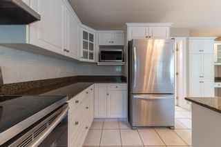 Photo 18: 1012 HOLGATE Place in Edmonton: Zone 14 House for sale : MLS®# E4247473