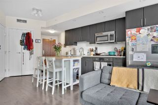 """Photo 6: 810 88 W 1ST Avenue in Vancouver: False Creek Condo for sale in """"THE ONE"""" (Vancouver West)  : MLS®# R2545345"""