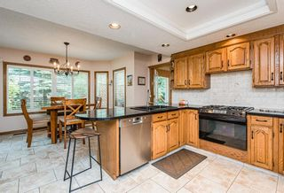 Photo 11: 519 Woodhaven Bay SW in Calgary: Woodbine Detached for sale : MLS®# A1130696
