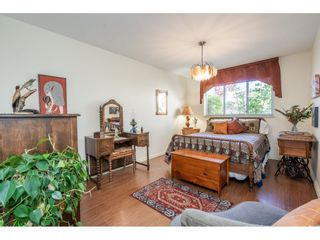 """Photo 18: 219 15991 THRIFT Avenue: White Rock Condo for sale in """"ARCADIAN"""" (South Surrey White Rock)  : MLS®# R2456477"""