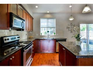 """Photo 10: 9 20159 68 Avenue in Langley: Willoughby Heights Townhouse for sale in """"VANTAGE"""" : MLS®# F1449062"""