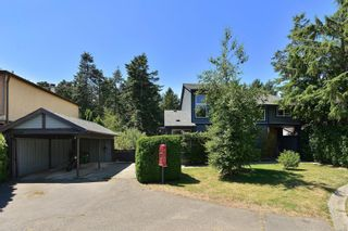 Photo 34: 685 Daffodil Ave in Saanich: SW Marigold House for sale (Saanich West)  : MLS®# 882390