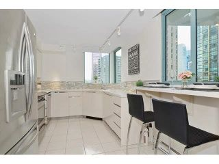 "Photo 7: 302 789 JERVIS Street in Vancouver: West End VW Condo for sale in ""Jervis Court"" (Vancouver West)  : MLS®# R2574360"