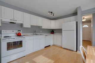 Photo 15: 14 3620 51 Street SW in Calgary: Glenbrook Row/Townhouse for sale : MLS®# C4265108