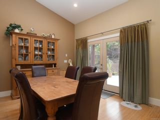 Photo 10: 6830 East Saanich Rd in : CS Saanichton House for sale (Central Saanich)  : MLS®# 873148
