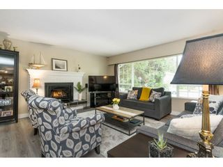 Photo 3: 6782 130 Street in Surrey: West Newton House for sale : MLS®# R2509281