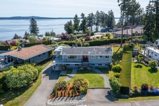Photo 1: 11289 Green Hill Dr in : Du Ladysmith House for sale (Duncan)  : MLS®# 877477