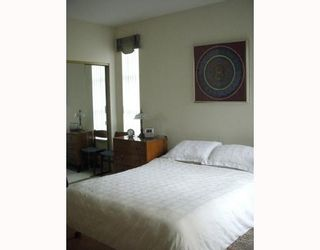 """Photo 4: 214 3760 W 6TH Avenue in Vancouver: Point Grey Condo for sale in """"MAYFAIR HOUSE"""" (Vancouver West)  : MLS®# V706811"""