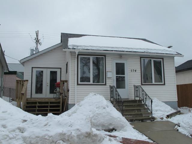 Main Photo:  in WINNIPEG: East Kildonan Residential for sale (North East Winnipeg)  : MLS®# 1305730