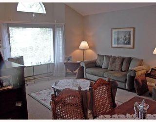 """Photo 2: 2 11502 BURNETT Street in Maple_Ridge: East Central Townhouse for sale in """"TELOSKY VILLAGE"""" (Maple Ridge)  : MLS®# V664568"""