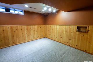 Photo 29: 220 Lake Crescent in Saskatoon: Grosvenor Park Residential for sale : MLS®# SK744275