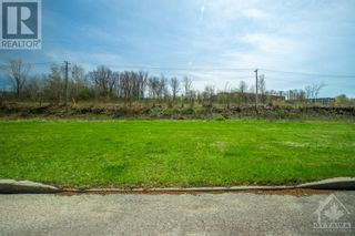 Photo 1: Lot 79 PORTELANCE AVENUE in Hawkesbury: Vacant Land for sale : MLS®# 1238621