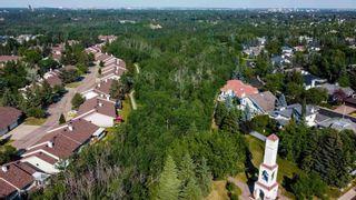 Photo 35: 120 OEMING Road in Edmonton: Zone 14 House Half Duplex for sale : MLS®# E4252455