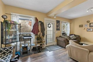 Photo 4: 918 2 Avenue NW in Calgary: Sunnyside Detached for sale : MLS®# A1131024