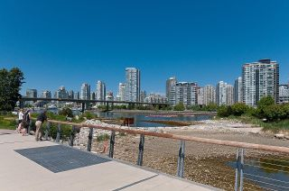 """Photo 34: 528 1783 MANITOBA Street in Vancouver: False Creek Condo for sale in """"Residences at West"""" (Vancouver West)  : MLS®# R2595306"""