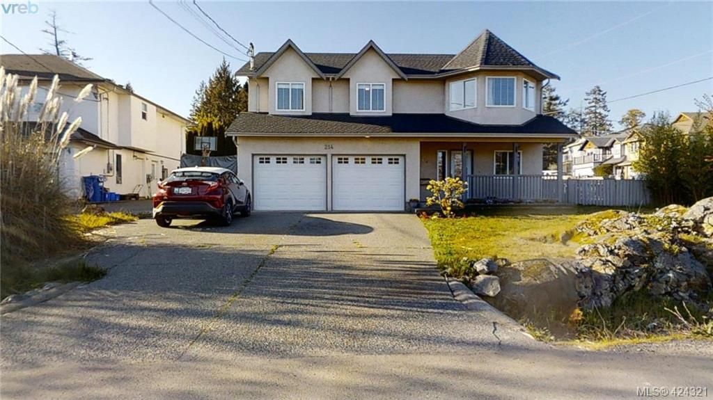 Main Photo: 214 Flicker Lane in VICTORIA: La Florence Lake House for sale (Langford)  : MLS®# 838008