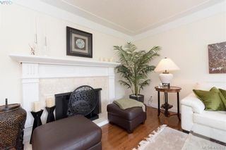 Photo 6: 4999 Del Monte Ave in VICTORIA: SE Cordova Bay House for sale (Saanich East)  : MLS®# 799964