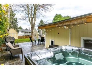 Photo 2: 26953 28A Avenue in Langley: Aldergrove Langley House for sale : MLS®# R2222308
