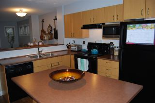 """Photo 6: 44 20350 68TH Avenue in Langley: Willoughby Heights Townhouse for sale in """"Sunridge"""" : MLS®# R2033655"""