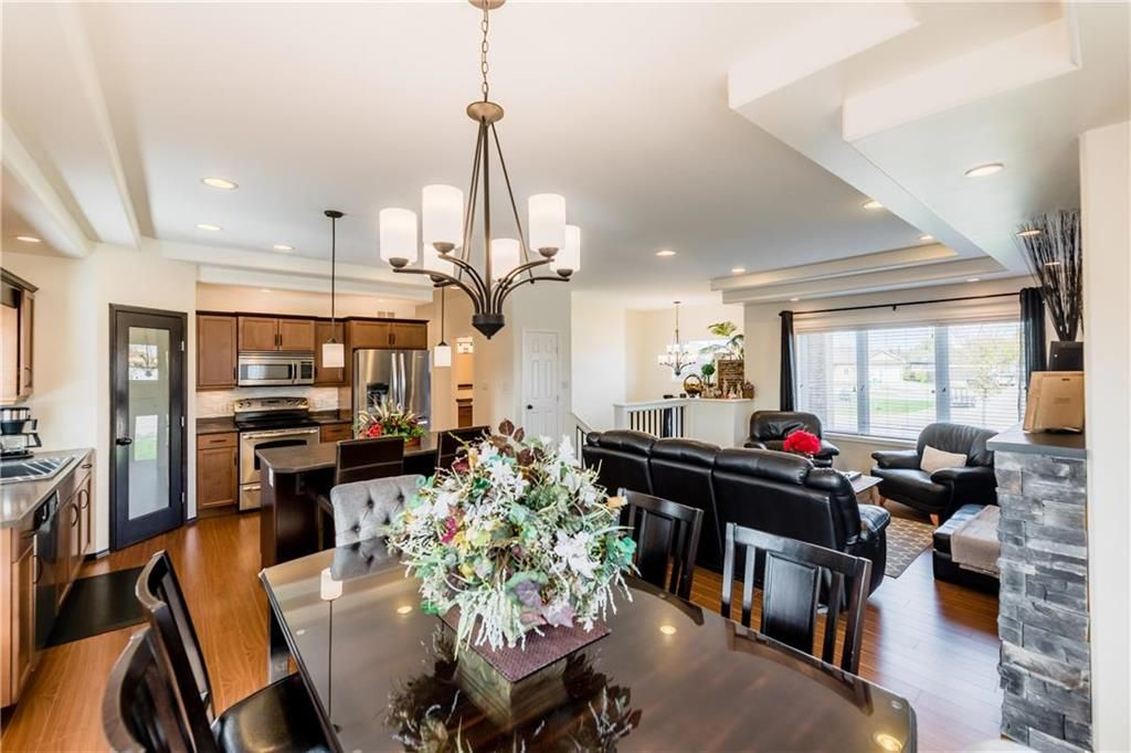Photo 11: Photos: 18 JUNIPER Avenue in Steinbach: Southwood Residential for sale (R16)  : MLS®# 202024800