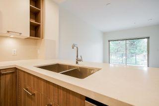 """Photo 8: 210 14022 NORTH BLUFF Road: White Rock Condo for sale in """"Beachborough"""" (South Surrey White Rock)  : MLS®# R2622424"""