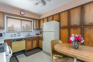 Photo 5: 2760 E 27TH Avenue in Vancouver: Renfrew Heights House for sale (Vancouver East)  : MLS®# R2033355