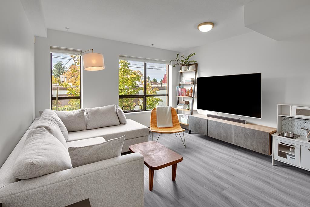 """Main Photo: TH106 1855 STAINSBURY Avenue in Vancouver: Victoria VE Townhouse for sale in """"THE WORKS"""" (Vancouver East)  : MLS®# R2624701"""