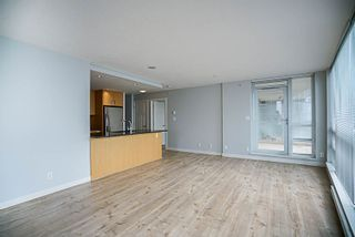 """Photo 8: 906 2978 GLEN Drive in Coquitlam: North Coquitlam Condo for sale in """"GRAND CENTRAL ONE"""" : MLS®# R2204292"""