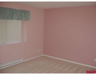 """Photo 7: 59 3110 TRAFALGAR Street in Abbotsford: Central Abbotsford Townhouse for sale in """"NORTHVIEW"""" : MLS®# F2914124"""