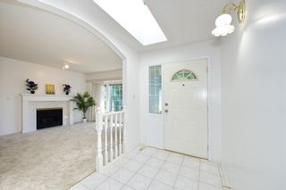 Photo 4: 9136 160A Street in Surrey: Fleetwood Tynehead House for sale : MLS®# R2595266