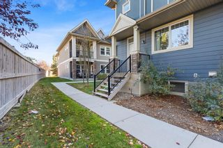 Photo 2: 304 Cranfield Common SE in Calgary: Cranston Row/Townhouse for sale : MLS®# A1154172
