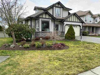 "Photo 1: 2837 BOXCAR Street in Abbotsford: Aberdeen House for sale in ""West Abby Station"" : MLS®# R2448925"