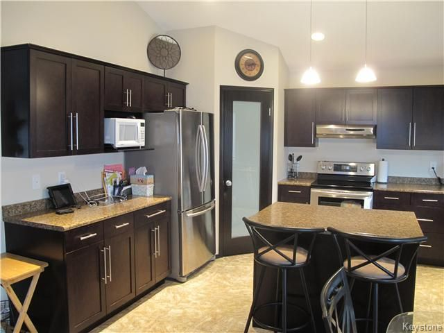 Photo 5: Photos:  in Winnipeg: Transcona Residential for sale (North East Winnipeg)  : MLS®# 1605661