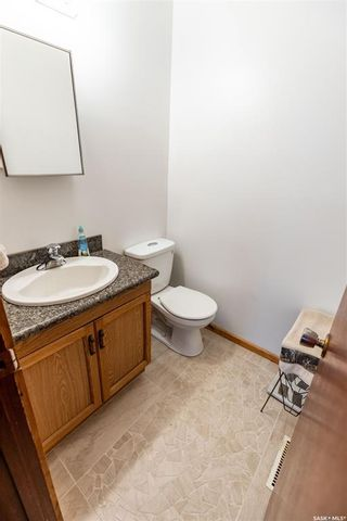 Photo 16: 341 Campion Crescent in Saskatoon: West College Park Residential for sale : MLS®# SK855666