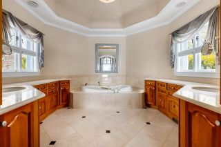 """Photo 21: 13778 MARINE Drive: White Rock House for sale in """"WHITE ROCK"""" (South Surrey White Rock)  : MLS®# R2568482"""
