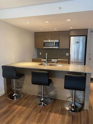 "Photo 4: 1206 135 E 17TH Street in North Vancouver: Central Lonsdale Condo for sale in ""Local on Lonsdale"" : MLS®# R2511762"
