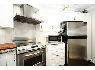 "Photo 3: 2 1238 CARDERO Street in Vancouver: West End VW Condo for sale in ""Cardero Court"" (Vancouver West)  : MLS®# V1043645"