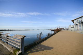 """Photo 18: 111 4233 BAYVIEW Street in Richmond: Steveston South Condo for sale in """"THE VILLAGE AT IMPERIAL LANDING"""" : MLS®# R2038806"""
