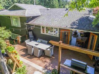 Photo 35: 3751 ROBLIN Place in North Vancouver: Princess Park House for sale : MLS®# R2485057