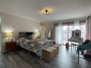 """Photo 26: 5 1552 EVERALL Street: White Rock Townhouse for sale in """"Everall Court"""" (South Surrey White Rock)  : MLS®# R2510712"""