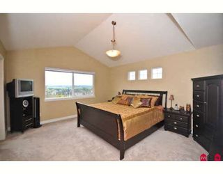 """Photo 9: 16408 60TH Avenue in Surrey: Cloverdale BC House for sale in """"BIRDSONGS"""" (Cloverdale)  : MLS®# F2915229"""