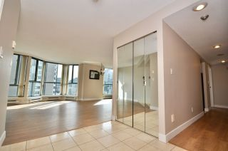 """Photo 9: 503 789 JERVIS Street in Vancouver: West End VW Condo for sale in """"JERVIS COURT"""" (Vancouver West)  : MLS®# R2555767"""