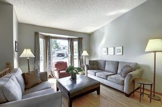 Photo 3: 111 HAWKHILL Court NW in Calgary: Hawkwood Detached for sale : MLS®# A1022397