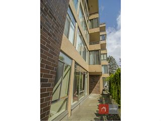 Photo 11: # 109 2101 MCMULLEN AV in Vancouver: Quilchena Condo for sale (Vancouver West)  : MLS®# V1056435