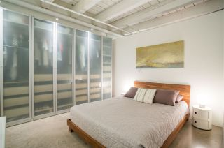 """Photo 11: 303 55 E CORDOVA Street in Vancouver: Downtown VE Condo for sale in """"Koret Lofts"""" (Vancouver East)  : MLS®# R2536365"""