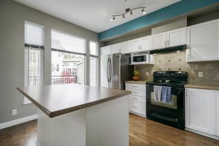"Photo 9: 25 20120 68 Avenue in Langley: Willoughby Heights Townhouse for sale in ""The Oaks"" : MLS®# R2573725"
